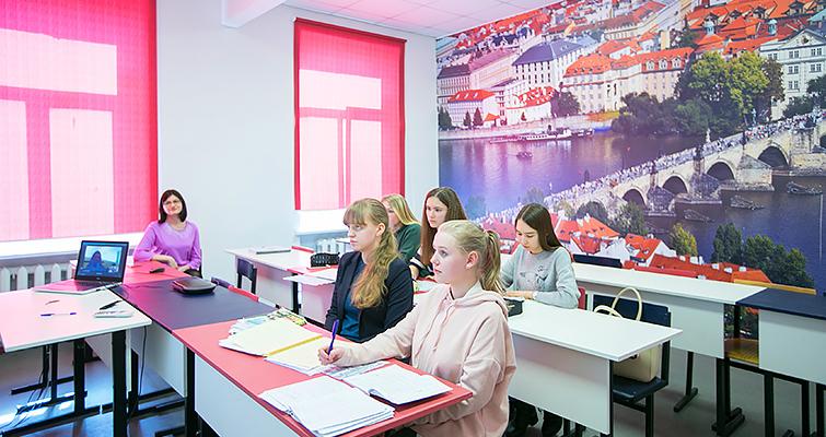 Международный колледж искусств и коммуникаций Института гуманитарного образования и информационных технологий фото 4