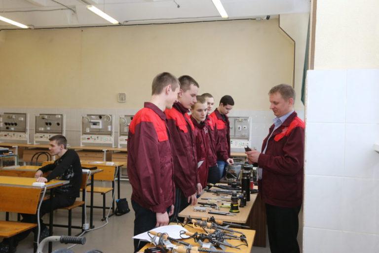 Малоохтинский колледж фото 2