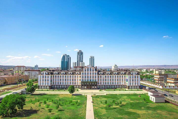 Чеченский государственный университет фото