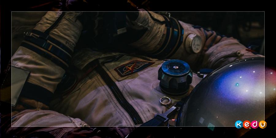 Как люди становятся космонавтами