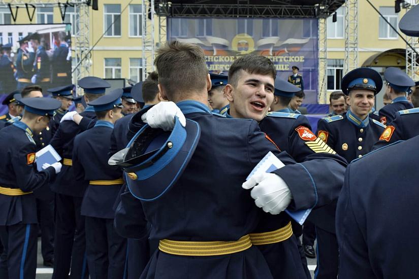 Тюменское президентское кадетское училище фото 1