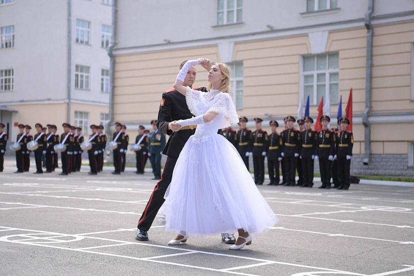Екатеринбургское суворовское военное училище фото 4
