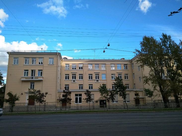 Гимназия № 397 имени Г.В. Старовойтовой Кировского района фото