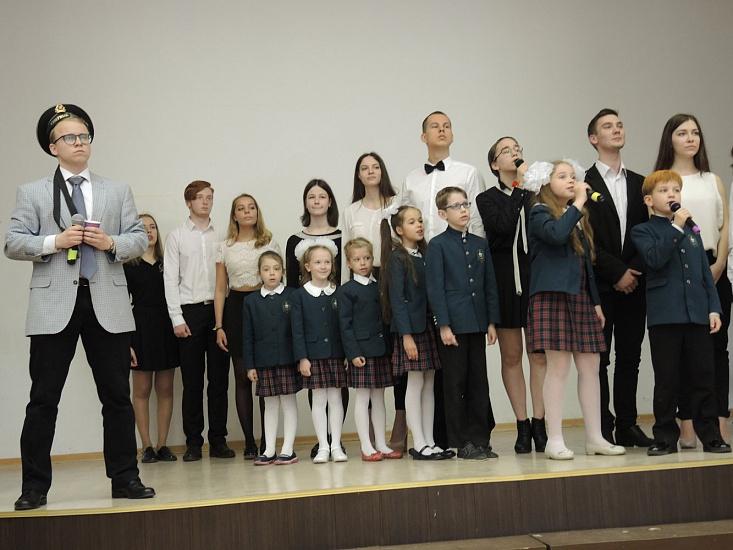 Гимназия № 105 Выборгского района фото 2
