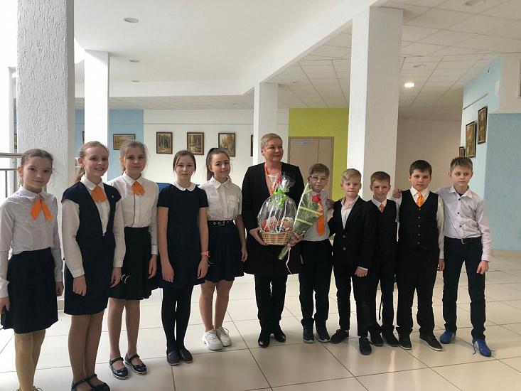 Средняя общеобразовательная школа № 23 г.  Екатеринбурга фото 1