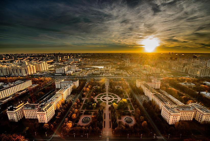 Московский государственный университет имени М.В. Ломоносова фото