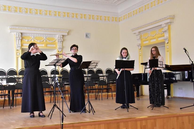 Ульяновский государственный университет фото 3