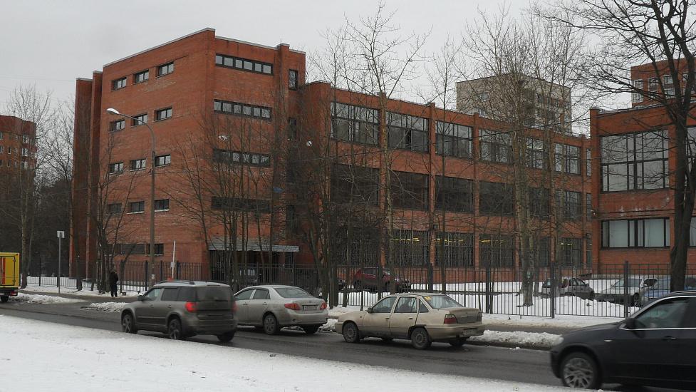 Малоохтинский колледж фото