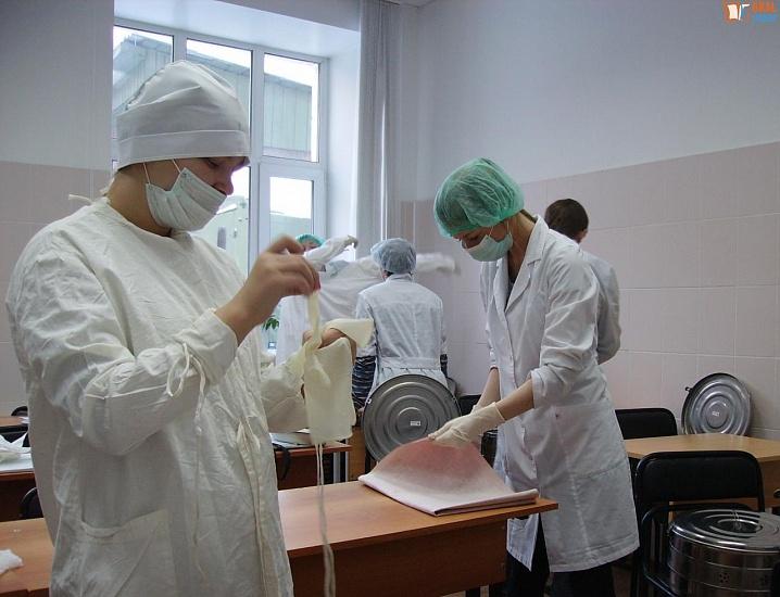 Медицинский колледж Уральского государственного университета путей сообщения фото 1